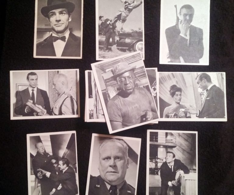 1966-james-bond-cards